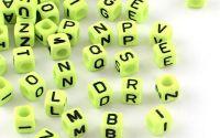 500buc margele litere alfabet cub LawnGreen 6mm