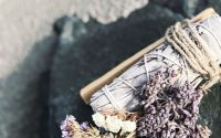 Buchet aromaterapie Palo Santo Salvie Glixia mov