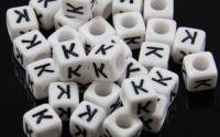 6mm margele plastic alfabet litera K cub 100buc
