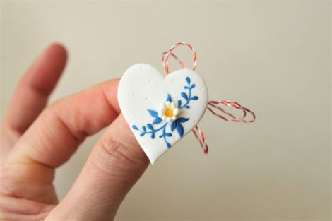 Martisor Brosa - Blue Blooming Heart