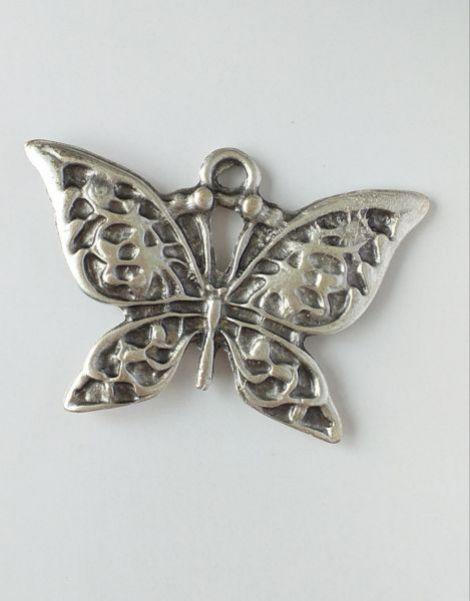 Fluture din zamac