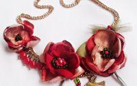 colier floral corai bej auriu