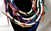 colier din lana impaslita