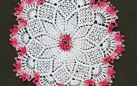 mileu dantela crosetata manua   alb - roz  27 cm