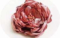 brosa floare roz somon