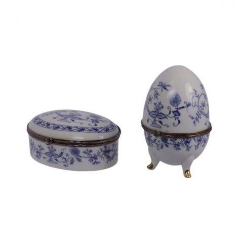 Set caseta si ou din portelan alb cu albastru