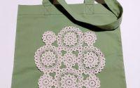 Sacosa textila verde cu aplicatie crosetata