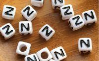 7mm margele albe alfabet litera N cub 100buc