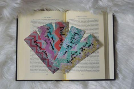 Semn de carte cu scris caligrafic