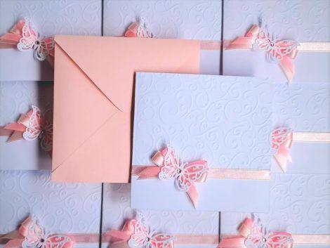 invitatii botez fetita fluturi roz