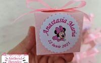 Marturii botez ciocolata cutiuta Fluturi roz