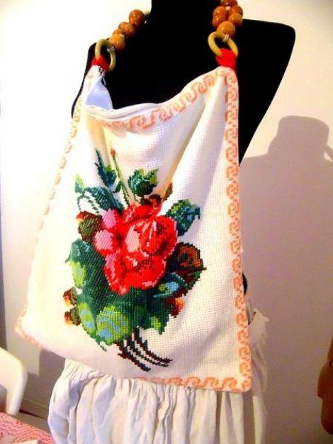 geanta poseta  cusuta cu trandafir
