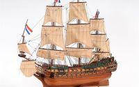 Macheta din lemn a navei FRIESLAND