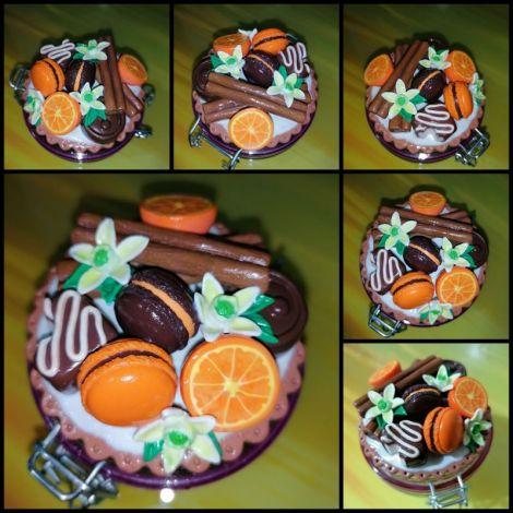 Borcan decorat pentru condimente dulciuri etc.