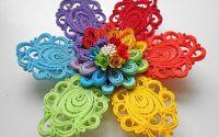 Floare quilling in culorile curcubeului