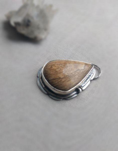 Pandantiv din argint cu jasp natural