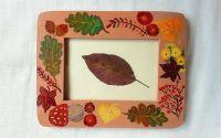 Rama foto pictata frunze si flori de toamna
