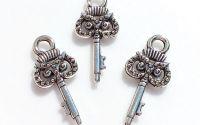 Charm argintiu cheie bufnita 22 x 10 mm