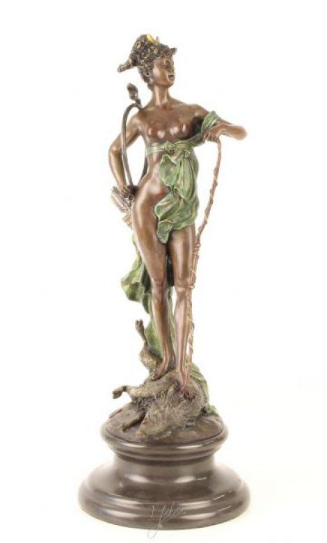 Zeita Diana- statueta din bronz pictat