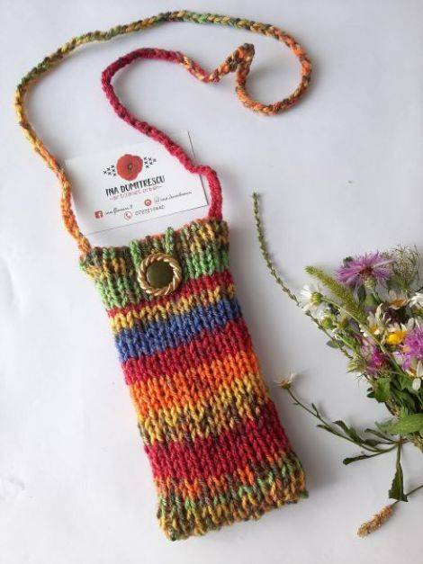 Husa pentru telefonGentuta tricotata