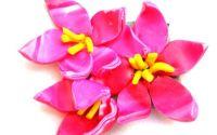 Brosa flori roz