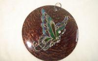 Pandantiv sidef maro cu fluture colorat