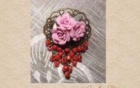 Brosa trandafiri roz