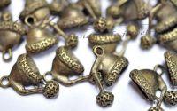 Charm caciulita bronz antichizat