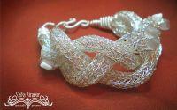 """Bratara """"Craiasa Zapezii"""" - Snow Queen bracelet"""