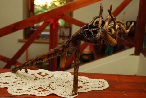 Obiect decorativ-lemn lacuit
